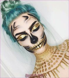 Looking for for ideas for your Halloween make-up? Browse around this site for creepy Halloween makeup looks. Halloween Makeup Looks, Up Halloween, Halloween Costumes, Sugar Skull Halloween Makeup, Vintage Halloween, Vintage Witch, Weird Vintage, Halloween Tutorial, Halloween Horror