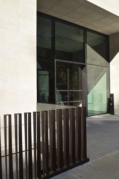 Project Focus: Finsbury Crcus. Architectural metalworks and balustrades http://www.padcontracts.co.uk/projects/finsburycircus/?utm_content=buffere5d97&utm_medium=social&utm_source=pinterest.com&utm_campaign=buffer #architecturalmetal #metalworks
