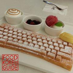 Food Korea Guide - Keyboard Waffle 키보드와플