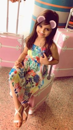 New Retro Wave, Cute Little Girls Outfits, Beautiful Children, Lily Pulitzer, Dresses, Fashion, Baby Girl Pictures, Baby Girls, Pictures Of Babies