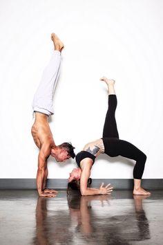 79 mejores imágenes de Yoga en Pareja  26e33e7747e4