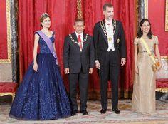 Los reyes de España, Felipe VI y Letizia, ofrecieron una cena de gala en el Palacio Real en honor al presidente de Perú, Ollanta Humala, y su esposa, Nadine Heredia, quienes se encuentran de visita oficial.