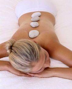 Hot Stone Massage bedeutet bei mir:  Zu Anfang der Massage werden die Aussenseiten des Rückens mit angewärmtem Massageöl Ihrer Wahl zart massiert.  Danach werden Ihnen spezielle, angewärmte Steine entlang der Wirbelsäule aufgelegt.   Nun werden die Aussenseiten des Rückens mit weiteren warmen Steinen massiert.  Zum Abschluss gibt es noch eine 10-15 minütige manuelle Massage (mit den Händen).  Dauer der Massage: ca. 45 min.  Preis: € 33.--