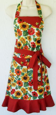 Sunflower Apron  Sunflowers  Cute Apron  Retro by KitschNStyle