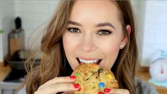 Peanut butter pretzel M&M cookies Check out the blog post for more pictures and the recipe :) http://www.tanyaburr.co.uk/2016/04/peanut-butter-pretzel-mm-cookies/ Pre-order my baking book her...