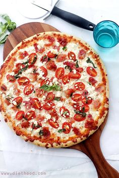 Bacon, Goat Cheese and Tomato Pizza   www.diethood.com   #recipe #pizza #bacon