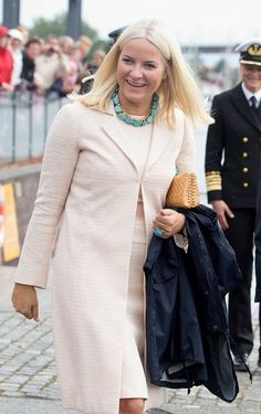 Norwegian Royal Silver Jubilee Tour – Visit to Stavanger
