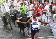 It's Mo running away from things! Fun pictures show Olympic hero Farah escaping from zombies, Batman and thousands of runaway brides Late Meme, Mo Farah, 2012 Games, Running Of The Bulls, Cool Pictures, Funny Pictures, Running Memes, Team Gb, Olympic Sports