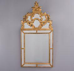 Espelho Frances do sec.18th em madeira carved a mao e bronze gilded a ouro, 115cm X 57cm, 4,590 USD / 4,185 EUROS / 17,930 REAIS / 29,160 CHINESE YUAN soulcariocantiques.tictail.com