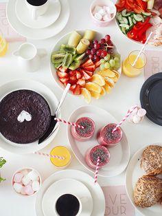 brunssi1 Birthday Brunch, Chocolate Fondue, Panna Cotta, Picnic, Menu, Breakfast, Ethnic Recipes, Party, Desserts