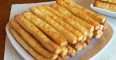 ReteteAngela: Saratele cu aluat facut in casa The Effective Pictures We Offer You About Macedonian f Low Carb Recipes, Snack Recipes, Cooking Recipes, Slovak Recipes, Macedonian Food, Oven Roasted Turkey, Apple Pie Bites, Good Food, Yummy Food