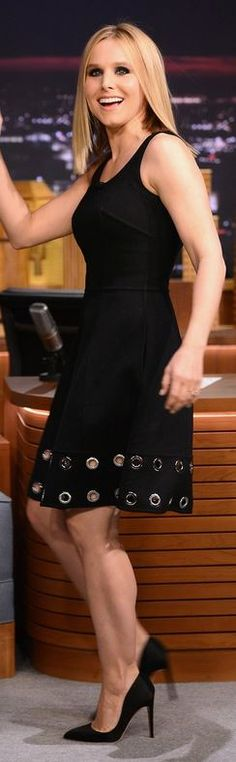 51e41a482c83 Who made Kristen Bell s black pumps and circle dress that she wore in New  York