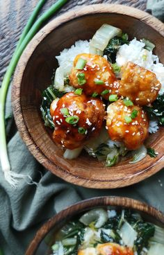 Sweet and Sour Cauliflower - A brilliant vegetarian take on sweet and sour chicken!