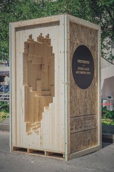 / DESIGN/WOOD by Tuxedo /