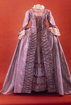 Robe a la francaise, ca. 1775. From Colonial Williamsburg.