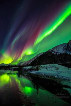 "Aurora Borealis or better known as the ""Northern Lights"". We live lived in Alaska for 4 years while serving in the US Army. A very beautiful place. #SkyBeutiful"