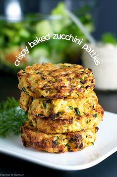 These Crispy Baked Zucchini Patties make a healthy, gluten-free, make-ahead meal. Get the instructions for properly draining zucchini to get crispy patties. #zucchini #patties #fritters #glutenfree #makeahead