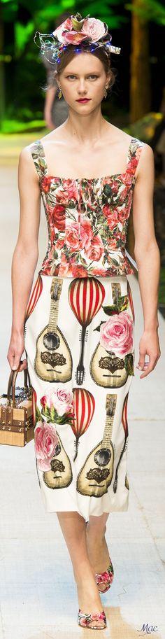 #Farbbberatung #Stilberatung #Farbenreich mit www.farben-reich.com Spring 2017 Ready-to-Wear Dolce & Gabbana
