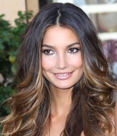 """balayage--so pretty.so THAT'S the diff between """"ombré"""" vs balayage. Ombré Hair, Hair Dos, New Hair, Curly Hair, Love Hair, Great Hair, Gorgeous Hair, Celebrity Hairstyles, Hairstyles With Bangs"""