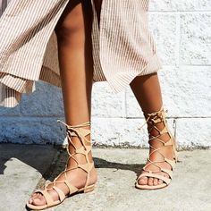 Esse tipo de sapato é o favorito das pessoas q não sabem se vestir