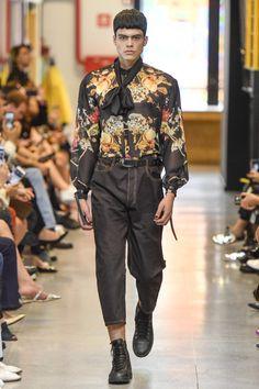 Samuel Cirnanzck Fall-Winter 2018 Runway Show - Sao Paulo Fashion Week Samuel Cirnansck, Marcel, Ideias Fashion, Fall Winter, Runway, Normcore, Hipster, Style, Moda Masculina