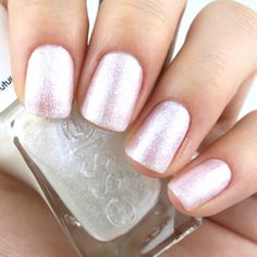 """Essie Gel Couture Bridal 2017 Collection in """"Lace to the Altar"""": Review and Swatches"""