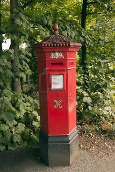 A British Hexagonal Victorian Era Post Box Stock Photo Antique Mailbox, Victorian Mailboxes, Post Bus, Victorian Life, You've Got Mail, Red Bus, David Foster Wallace, British Isles, Post Office