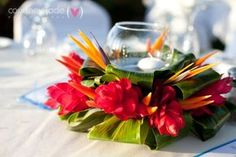 Elegant Hawaiian Style Centerpieces | Colorful, exotic decor for a tropical wedding celebration…