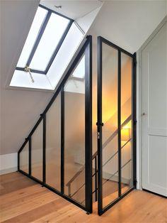 Oise Verrière - Escalier Loft Design, Home Room Design, Home Interior Design, Loft Stairs, House Stairs, Attic Renovation, Attic Remodel, Attic Apartment, Attic Rooms
