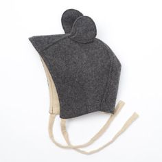 wool. baby. bonnet. ears. mouse. animal. cute. make.