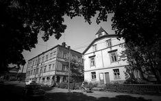 Kuvien sijaintia on vaikea uskoa: Lumottu kaupunginosa, jota ei enää ole Helsinki, Clouds, Mansions, House Styles, Outdoor, Historia, Outdoors, Manor Houses, Villas
