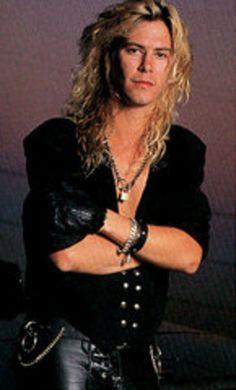 Duff McKagan (Guns N' Roses, Velvet Revolver, Loaded, 2012 SeaFair Grand Marshall). Duff Mckagan, Guns N Roses, Velvet Revolver, Slash, Rose Photos, 80s Music, Hot Actors, Duffy, The Duff
