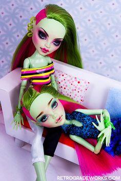 Trades Venus Sisters for Patty (Wellermade) by Retrograde Works, via Flickr Monster High Repaint www.retrogradeworks.com