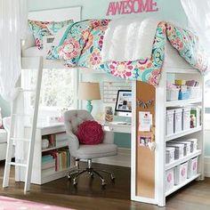 4-teen-girls-bedroom-Buena idea para maximimar espacio, me gusta la alfombra de colores!!!