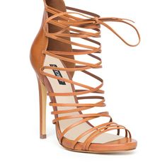 Beautiful shoes!If only my life had a place for these it would be a dream come true.