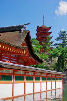"""Itsukushima Shrine, aShinto shrine (best known for its """"floating"""" torii gate) on the island ofItsukushima in Hatsukaichi, Hiroshima, Japan"""