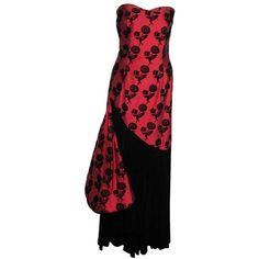 Preowned Vintage Italian Red & Black Taffeta Velvet Long Evening Dress... ($238) ❤ liked on Polyvore featuring dresses, evening gowns, red, vintage velvet dress, red vintage dress, long red dress, sleeveless dress and vintage dresses
