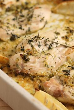 Lemon Herb Chicken | Try this quick and easy to prepare dinner! And the best part: Only 395 calories per serving!