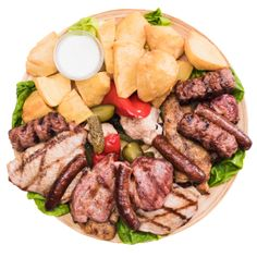 Gust special de Radauti la restaurantul | Colieri Cobb Salad, Gluten, Romania, Beef, Delicious Food, Cheese, Cooking, Pork, Meat