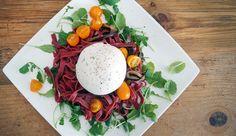 Simpel recept voor pasta met burrata, aubergine, rucola en tomaat #gewoonwateenstudentjesavondseet.