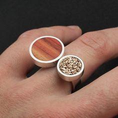 Anillo de plata, drusa oro rosa y madera de palo rosa. Sterling silver, rose gold druzy and tulipwood. Wood ring, wooden ring, bone ring, druzy ring, antler ring. Adam Ballester Joyas.