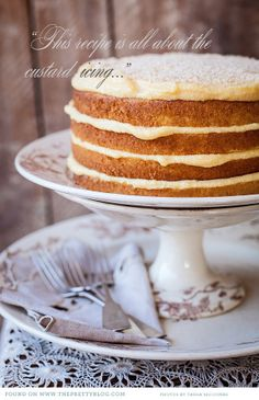 rustic custard cake perfect for a farm wedding