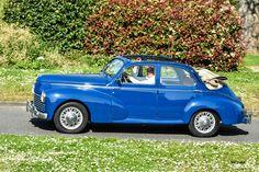 #Peugeot #203 au rassemblement mensue de Beynes. #MoteuràSouvenirs Reportage : http://newsdanciennes.com/2016/05/10/soleil-belles-autos-anciennes-beynoises/ #ClassicCar #Voitures #Anciennes