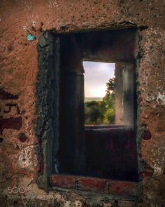 Conceptual Windows by raddix
