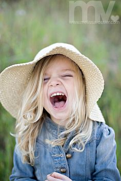 A good hard laugh in a sunhat. Happy Smile, Smile Face, Make You Smile, Happy Faces, I'm Happy, Smiling Faces, Beautiful Smile, Beautiful Children, Beautiful People