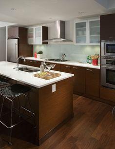Dark modern-kitchen with white countertops Kitchen Layout, New Kitchen, Kitchen Decor, Kitchen Ideas, Kitchen And Bath Design, Modern Kitchen Design, Kitchen Designs, Cabinet Companies, Kitchen Backsplash