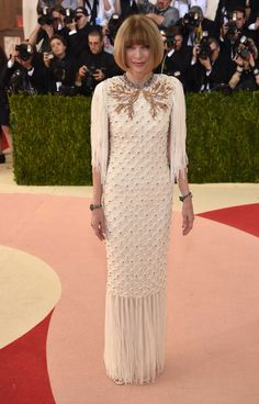 Anna Wintour in Chanel Couture. Photo: Getty Images.