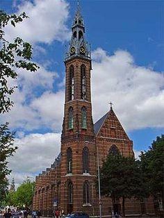 De Sint-Jozefkerk is de kathedrale kerk van het bisdom Groningen-Leeuwarden. Zij is tevens een van de kerken van de Groningse binnenstadsparochie Sint-Martinus. De officiële naam volgens het bisdom is de Kathedrale kerk van de H.H. Martinus en Jozef.
