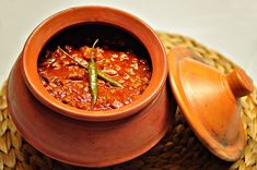 Bafado Goan Recipes, Veg Recipes, Spicy Recipes, Other Recipes, Indian Food Recipes, Cooking Recipes, Beef Curry Indian, Meat And Potatoes Recipes, Mayonnaise