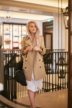 A classic Burberry look for afternoon tea at Burberry Thomas' Cafe featuring my favourite Trench and this amazing rucksack Burberry Rucksack, Burberry Trench Coat, Perfect Woman, Perfect Fit, Mother's Day Afternoon Tea, Victoria Magrath, Fashion Outfits, Womens Fashion, Spring Summer Fashion